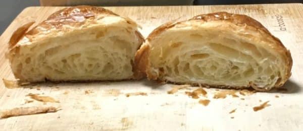 バルミューダで食パンを焼いてみた メゾンカイザー クロワッサン 水有りの場合