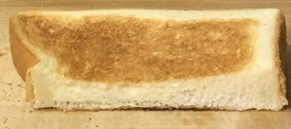 バルミューダで食パンを焼いてみた ヤマザキ ロイヤルブレッド 水無しの場合