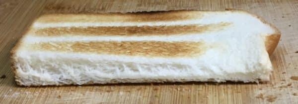 バルミューダで食パンを焼いてみた ヤマザキ スイートブレッド 水有りの場合