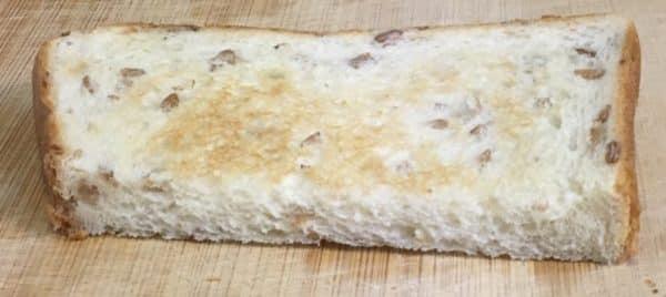 バルミューダで食パンを焼いてみた パスコ 超熟ライ麦入り 水有りの場合